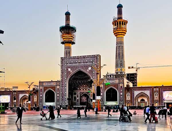 Visit Imam Reza Shrine, Mashhad Iran - Jame' Razavi Courtyard