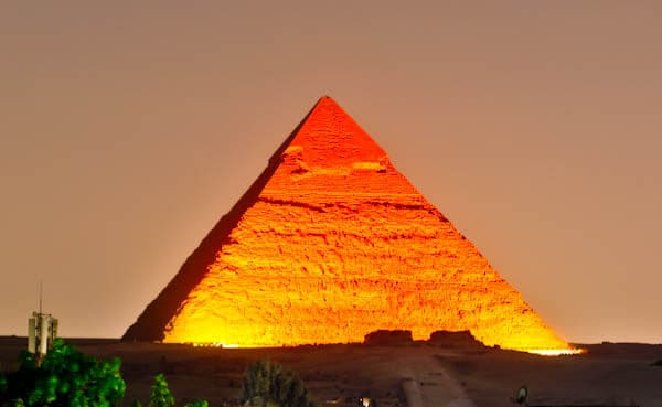 How to Photograph the Egyptian Pyramids of Giza - Pyramids at Night