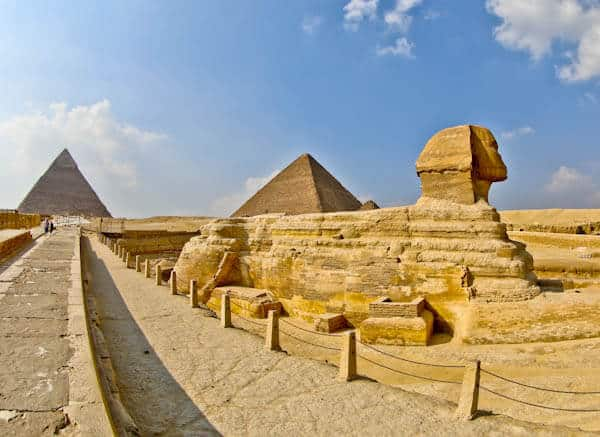 How to Photograph the Egyptian Pyramids of Giza - Side of the Sphinx - Head Close Up