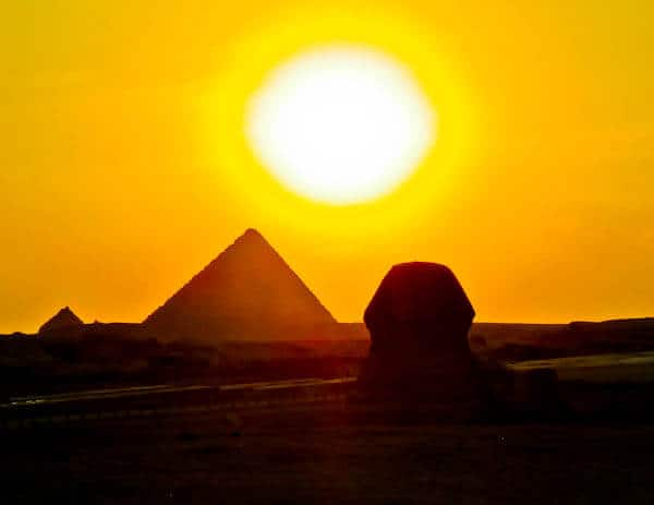 How to Photograph the Egyptian Pyramids of Giza - Great Sphinx Silhouette - sunset