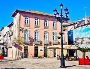 What to see in Ponte de Lima Portugal - Largo de Camoes
