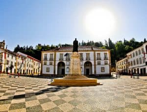 Best Things to do in Tomar Portugal - Republic Square and Town Hall