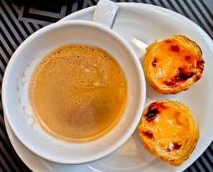 Things to do in Tomar Portugal - Custard Tarts - Pastel de Nata