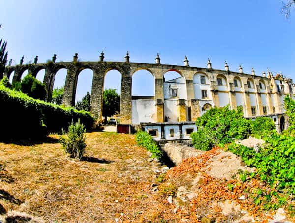 Best Things to do in Tomar Portugal - Pegoes Aqueduct