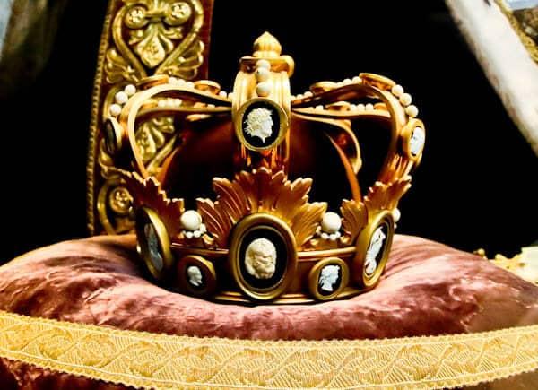 15 Reasons to Visit Saint Denis Basilica - Royal Relics