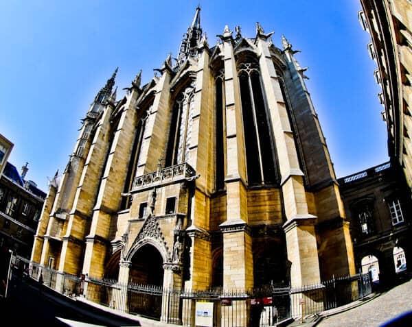 Visit Sainte Chapelle Paris - Exterior