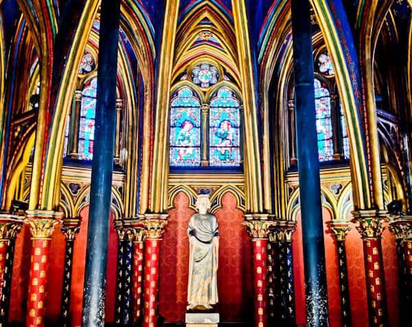 Visit Sainte Chapelle Paris - Lower Chapel