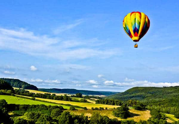Things to do in England - Hot air balloon