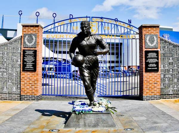 Goodison Park Stadium Tour - Everton FC - Dixie Dean Statue