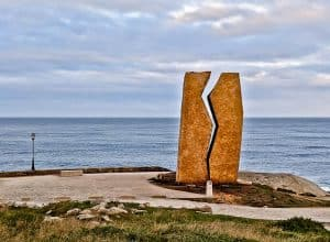 The Wound Monument - A Ferida
