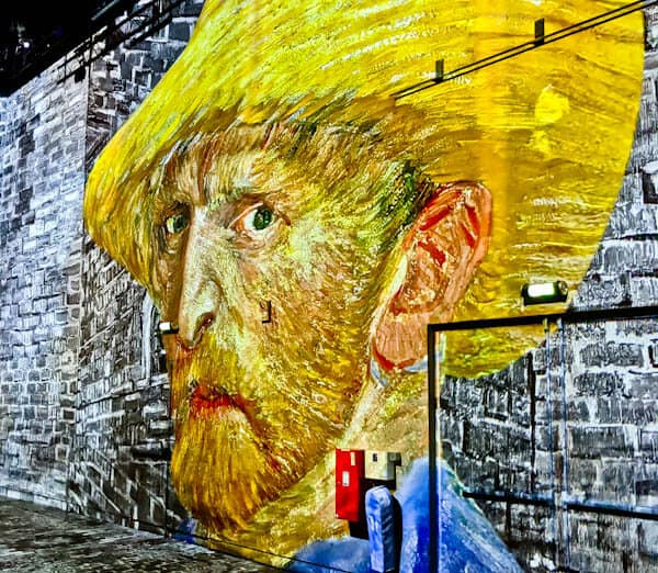 Van Gogh - Starry Night Exhibition