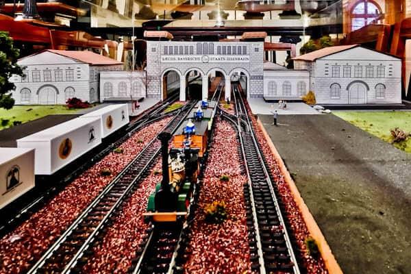 Bayerischer Bahnhof History
