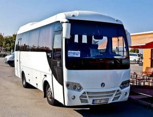 How to get from Van to Dogubeyazit by bus