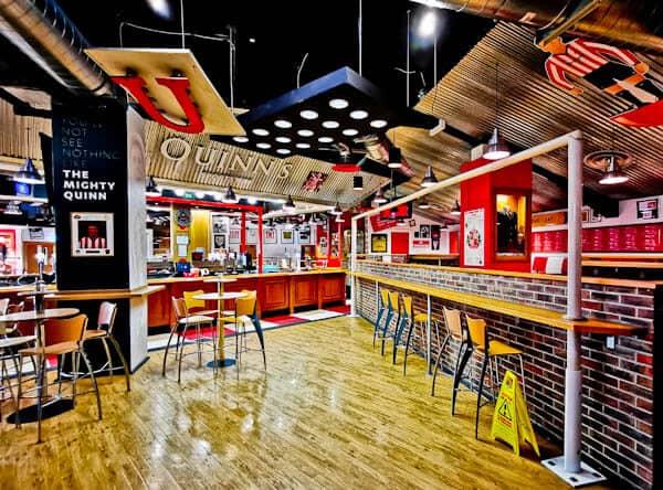 Quinn's Sports Bar