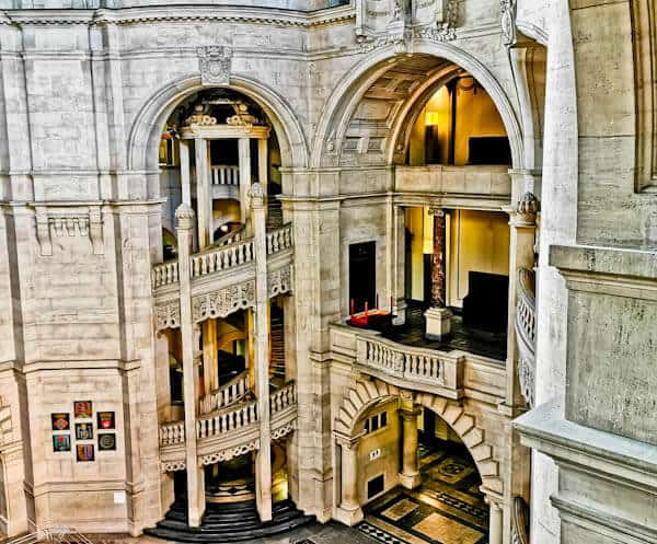 Grand Balconies