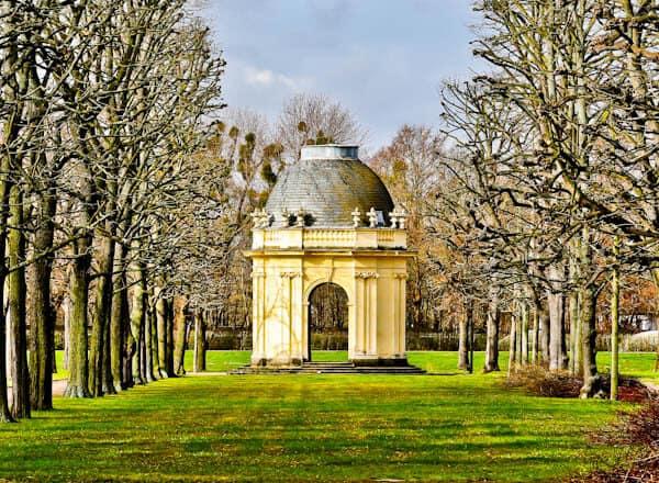 Corner Pavilion at Herranhausen Gardens