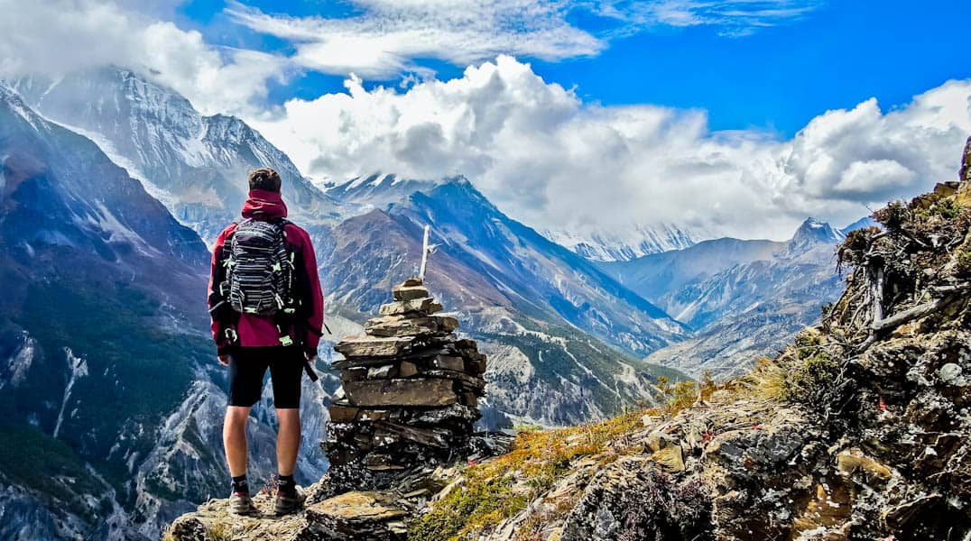 The Pros and Cons of Backpacking Alone