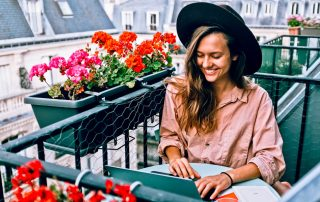 Living a Life of Travel: Earning Income the Digital Nomad Way