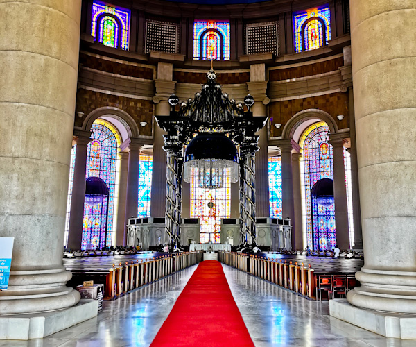 Nave at the Basilica of Yamoussoukro