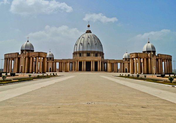 Basilica of Yamoussoukro - Exterior