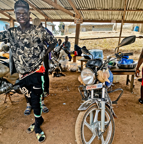 Liberia / Ivory Coast Border to Danane - Private motorbike taxi