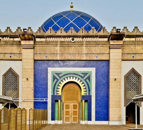 Plateau Mosque - Top Instagram Spot in Abidjan