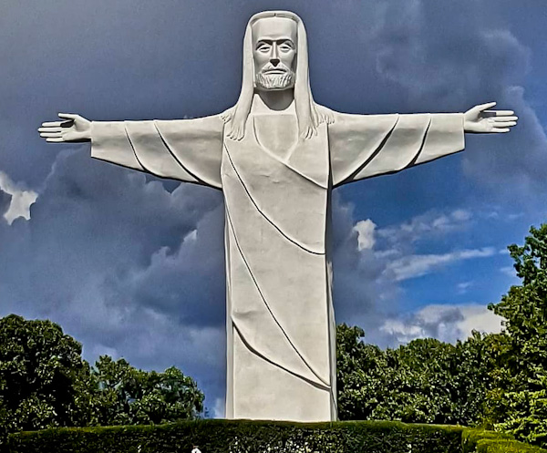 Christ of the Ozarks - Arkansas, USA