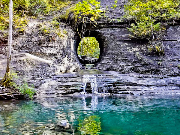 Hole in the Wall, Alberni, Vancouver Island
