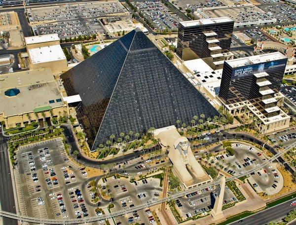 Luxor Pyramid, Nevada