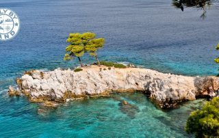 What to See on Skopelos Island + Top Instagram Spots