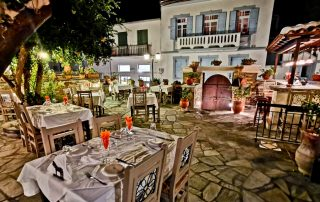 To Rodi Restaurant - Fine Dining in Skopelos Town