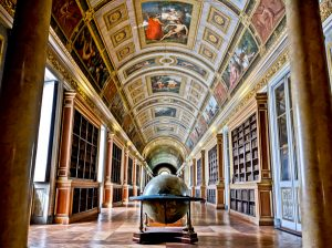 Palace Library - Chateau de Fountainebleau
