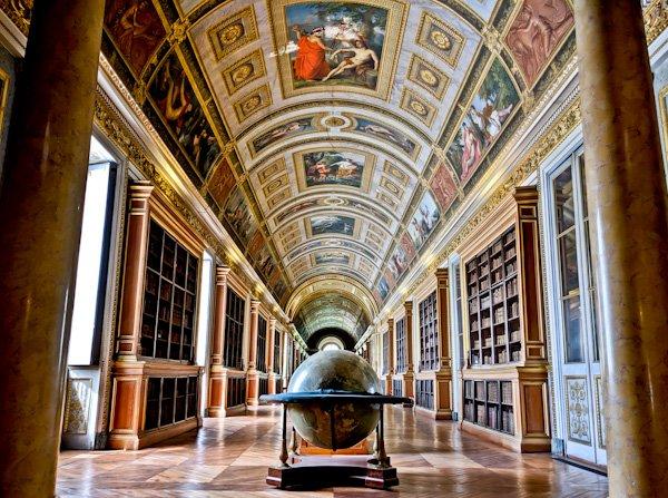 Diana Gallery - Chateau de Fountainebleau