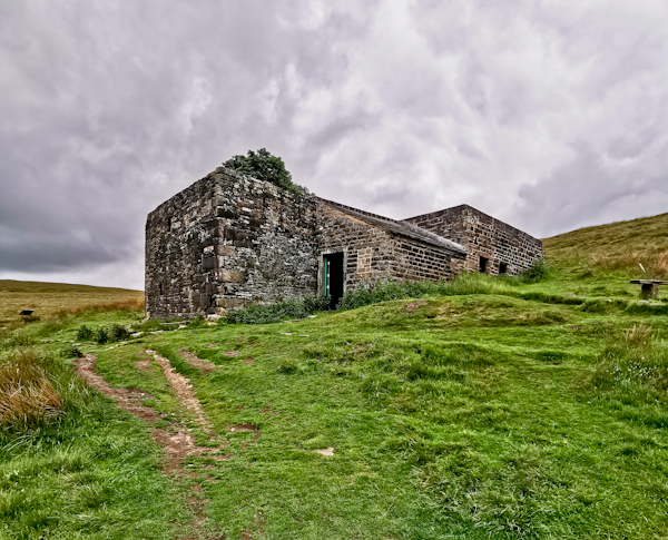 Top Withins Bothy - Pennine Way