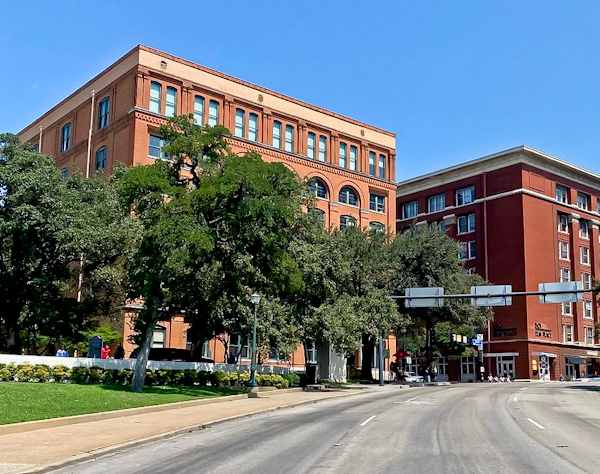 Dallas Landmarks - The Sixth Floor Museum at Dealey Plaza